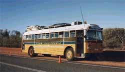 bus.JPG (9158 bytes)