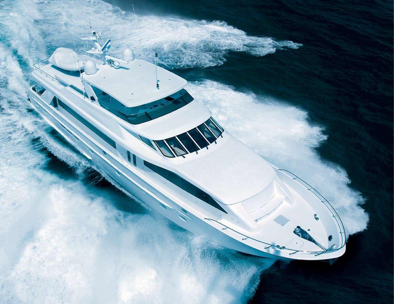 hatteras-100-motor-yacht-333_1b